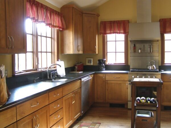 Denver Kitchen Remodel With Shaker Cabinets