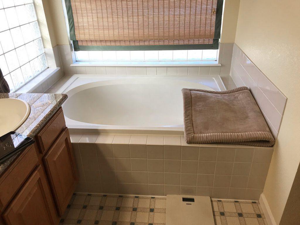 Bathtub before remodel of bathroom in Lakewood